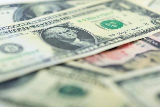 小額でできるドルコスト平均法での貯金を始めました。